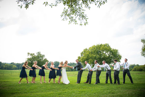 Beswoon for Who pays for wedding photographer