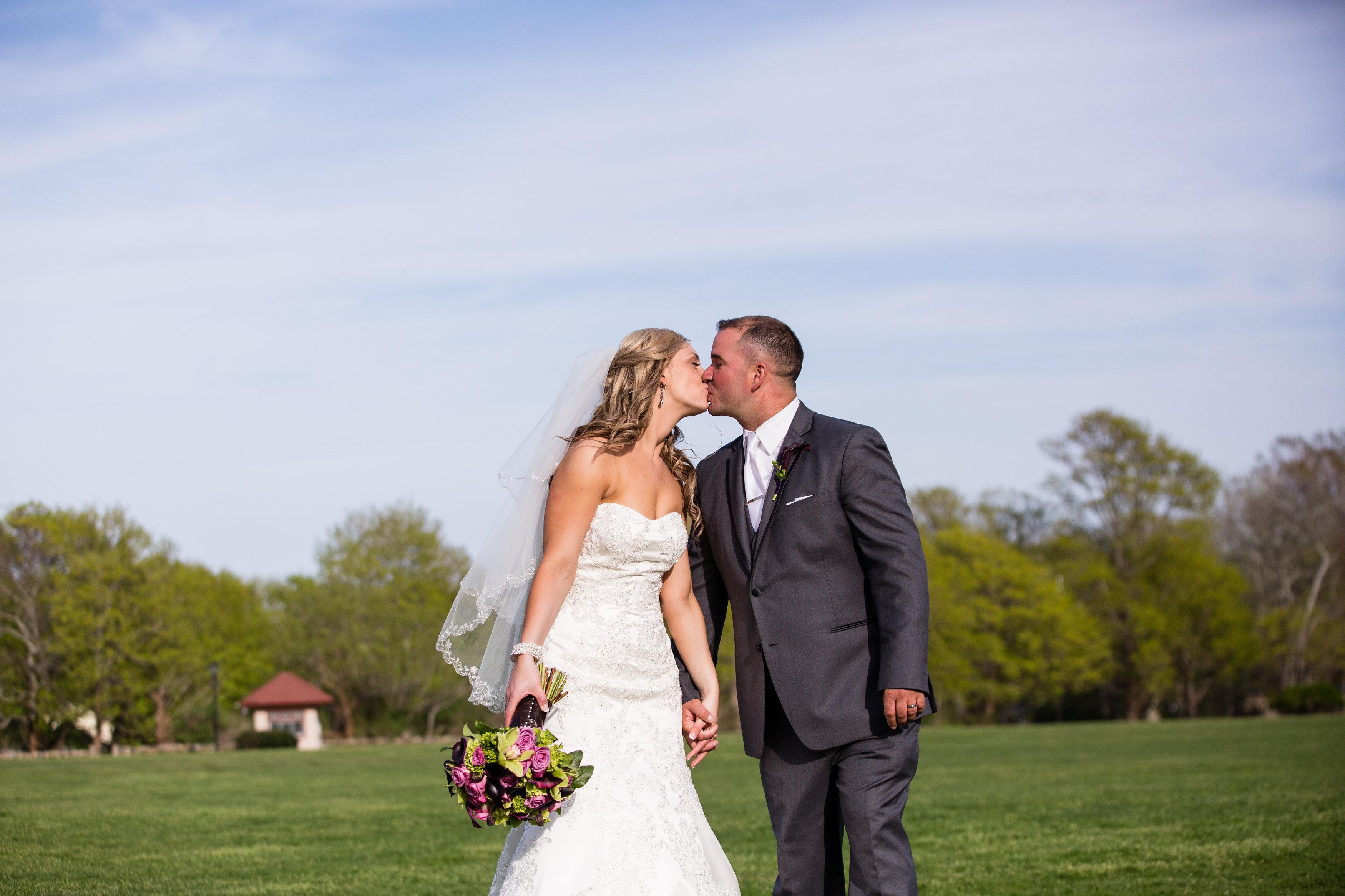 dustin and samantha�s historic mansion wedding � rustic