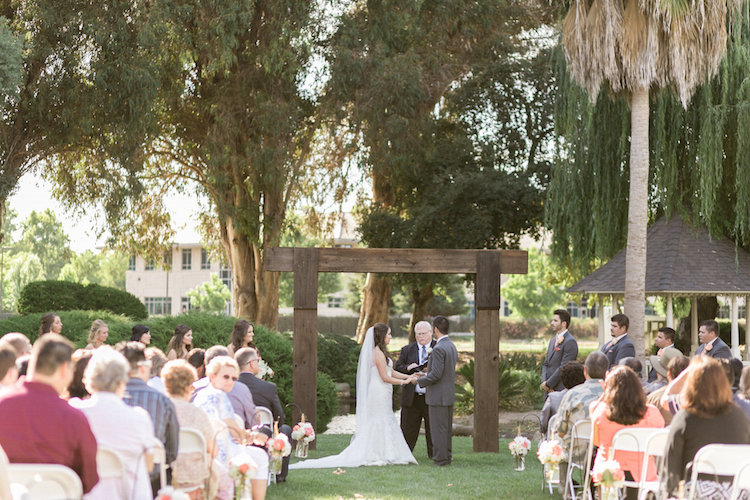 View More: http://catherineleanne.pass.us/mora-love-story
