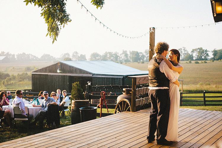 KY Venue_Moonlight Fields Wedding Farm_Ext