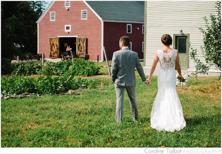 Smith Barn At Brooksby Farm Wedding by Caroline Talbot Photograpuhy | ctalbotphoto.com