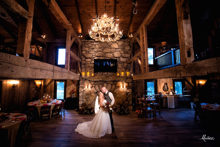 West Virgina Barn Wedding Venue Four Fillies Lodge2