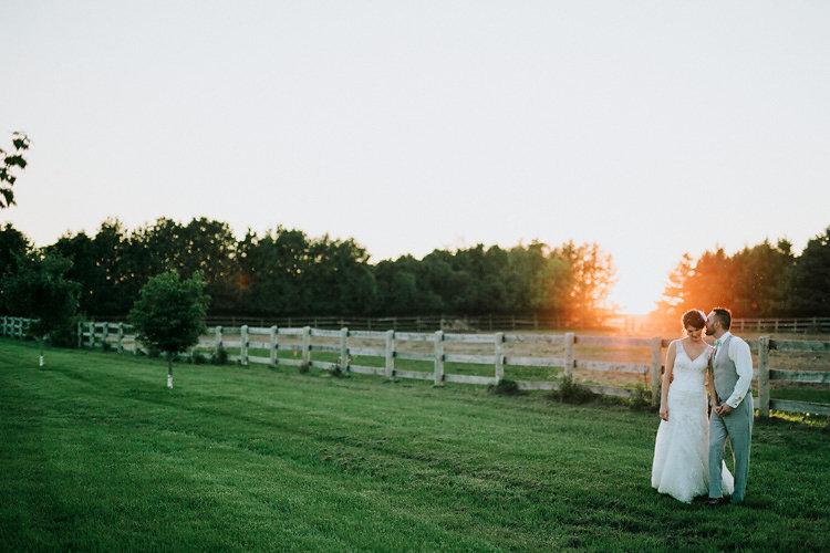 adobebridgebatchrenametemp9canada_rustic-barn-wedding_11