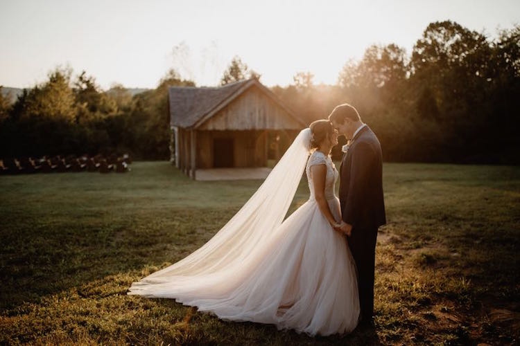 barn-wedding-venue-tennessee-cedarwood