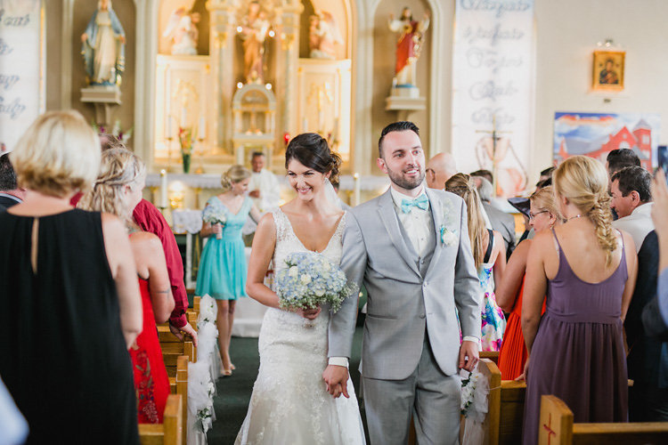 canada_rustic-barn-wedding_10