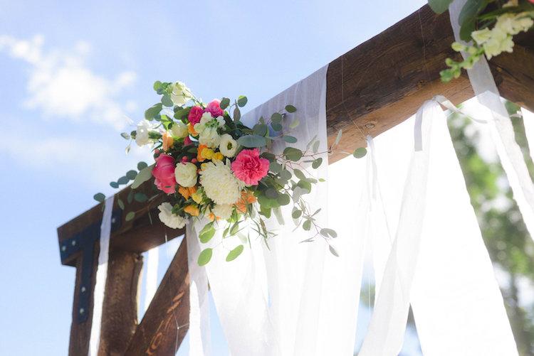 co-rustic-wedding-hannh-truly-7