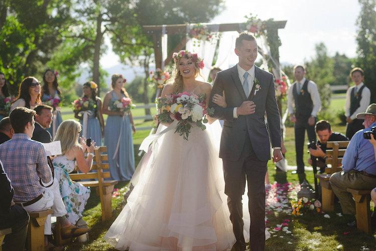 co-rustic-wedding-hannh-truly-9
