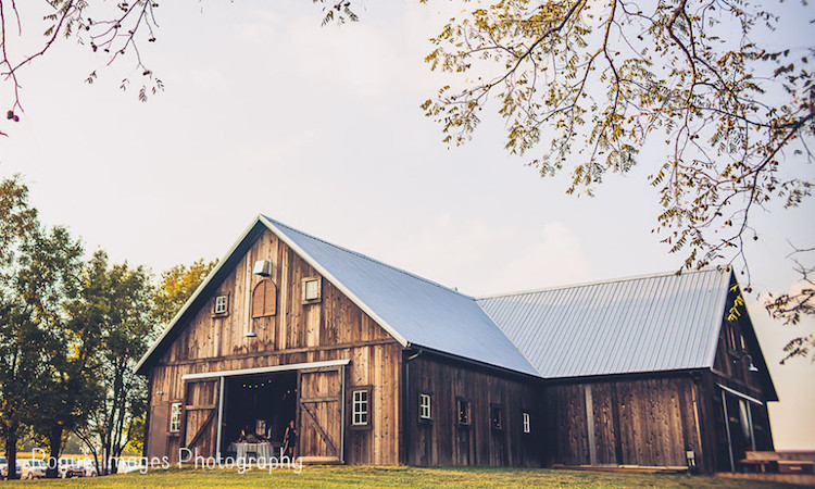 Top barn wedding venues indiana rustic weddings top barn wedding venues indiana junglespirit Gallery
