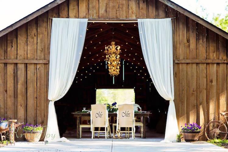 indiana_barn-wedding-venue_zionsville