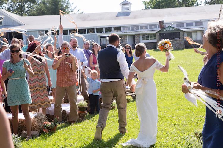 rhode-island_barn-wedding-venue_stepping-stone-ranch