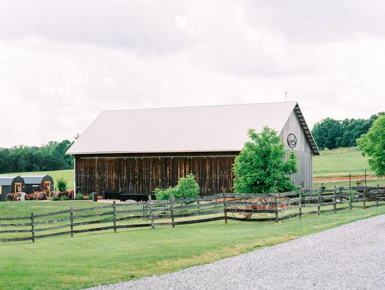 virginia-barn-wedding-venue-sorella-farms