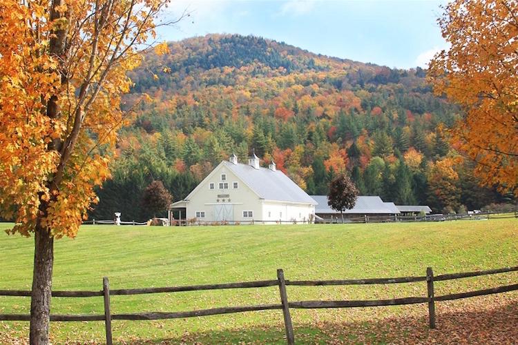 Top Barn Wedding Venues Vermont Rustic Weddings