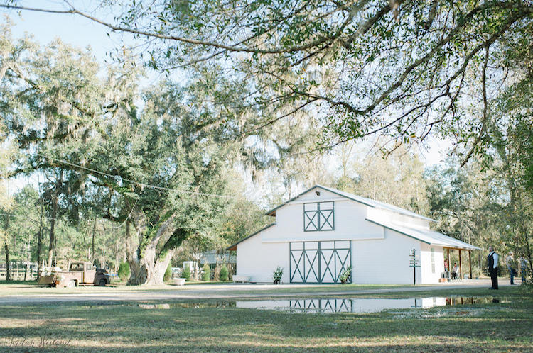 Top Barn Wedding Venues | Florida - Rustic Weddings