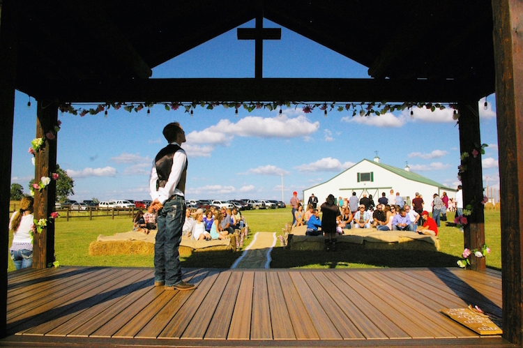 Top barn wedding venues oklahoma rustic weddings white barn events junglespirit Choice Image