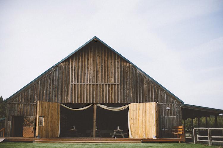 Or Barn Wedding Venue Long Hollow Ranch1