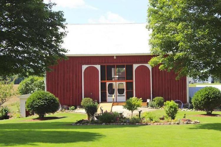 Top Barn Wedding Venues   Michigan - Rustic Weddings