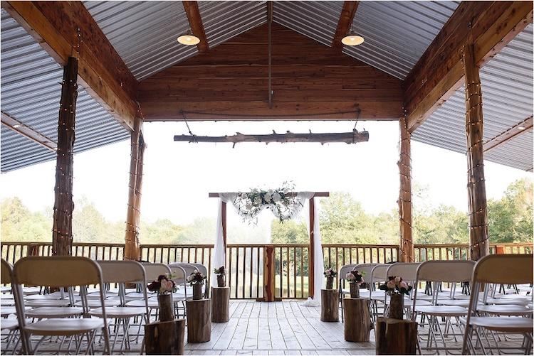 Top Barn Wedding Venues | Louisiana - Rustic Weddings